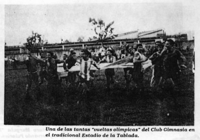 Del club Gimnasia en el tradicional estadio de la Tablada